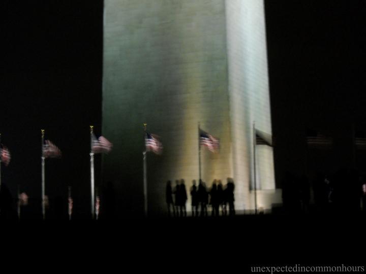 Students at base of Washington Monument
