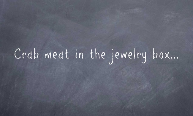 Crab-meat-in-the-jewelry