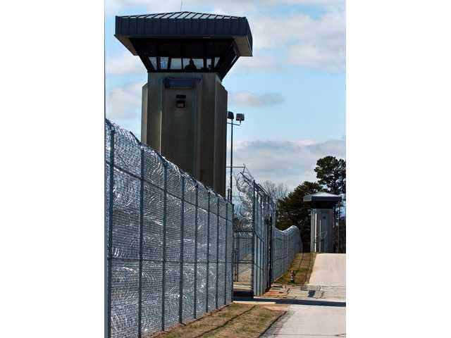 0329prisons1