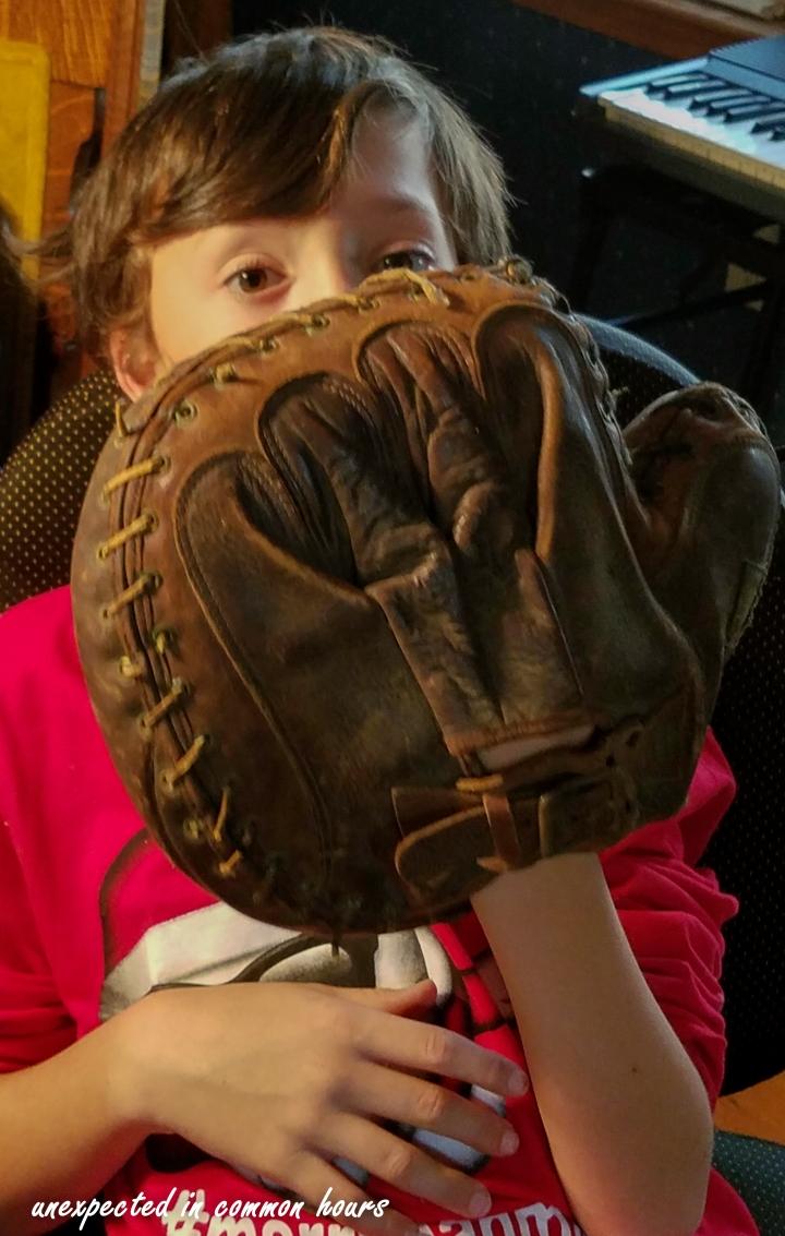 Catcher's mitt - back