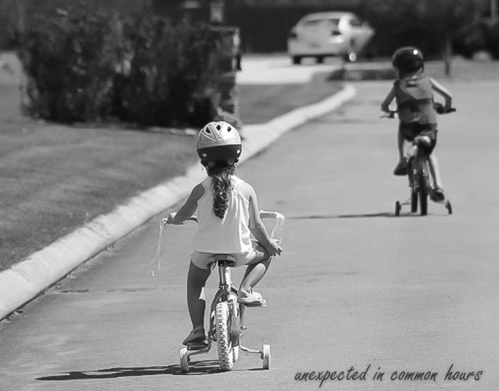 Good friends on bikes