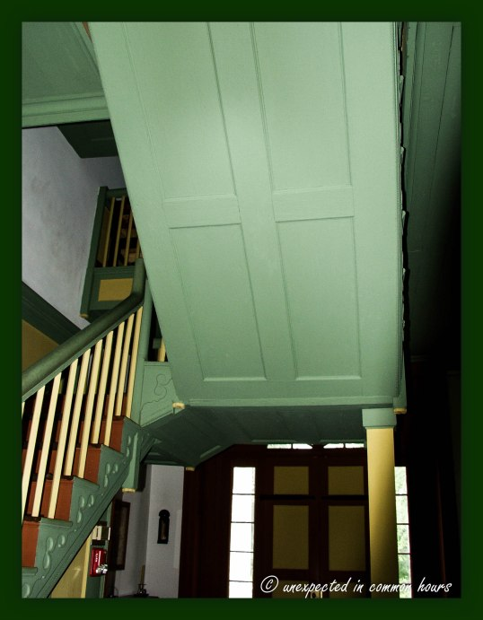 Cantilevered staircase at Vann House